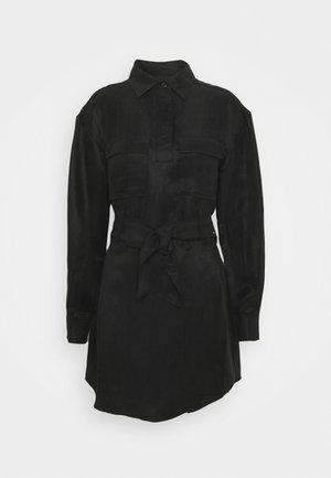 STREET SMART SHIRT DRESS - Blousejurk - black