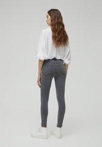 PULL&BEAR - SKINNY - Jeans Skinny Fit - dark grey - 2