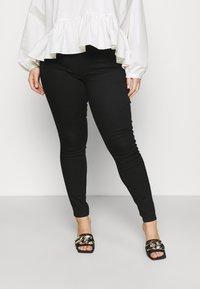 Vero Moda Curve - VMLUDY - Jeans Skinny Fit - black - 0