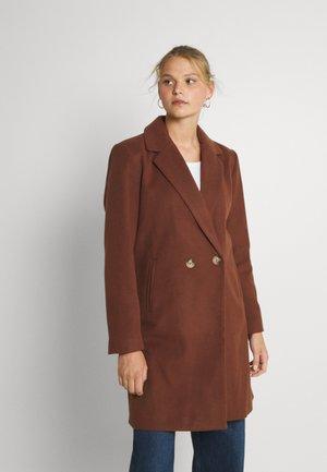 VIPOKU BUTTON COAT - Classic coat - chocolate fondant