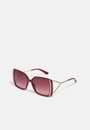 Sunglasses - shiny bordeaux gradient