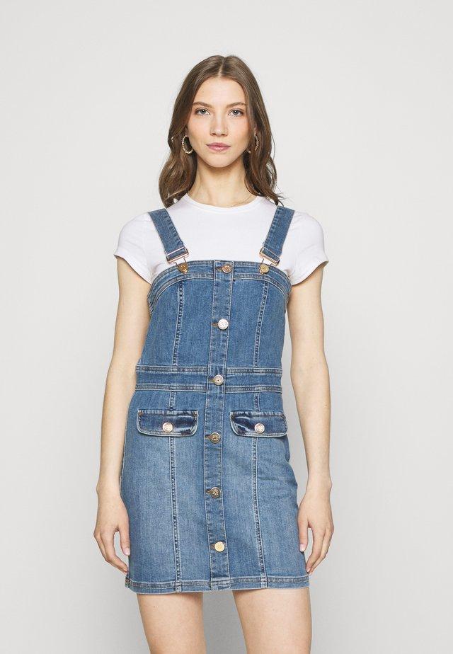 PINO FITTED DRESS - Spijkerjurk - denim light