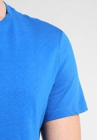 Pier One - T-shirt - bas - royal - 4