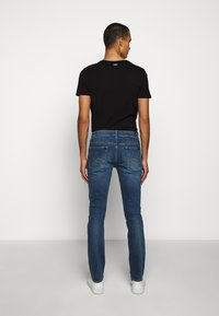 7 for all mankind - RONNIE OFFICER - Džíny Slim Fit - mid blue - 2