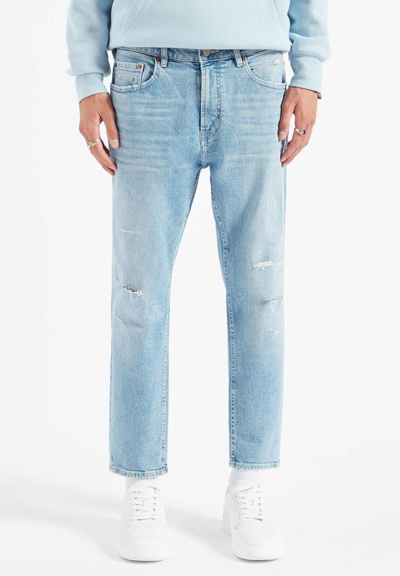PULL&BEAR - Džíny Straight Fit - stone blue denim