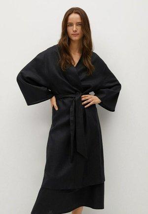 DOMI-A - Klasyczny płaszcz - zwart