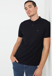 Calvin Klein - REFINED CHEST LOGO - Polo - sky captain - 0