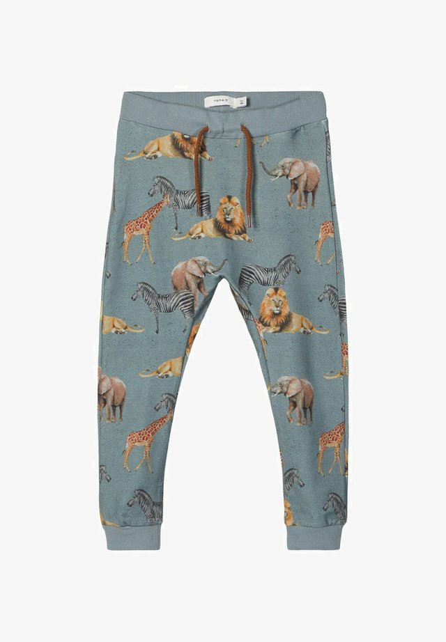 Pantalones deportivos - lead