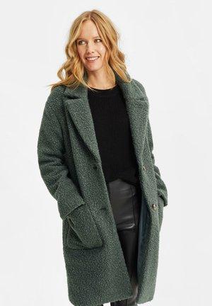 TEDDY - Classic coat - dark green