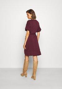 Vero Moda - VMPOPPY TIE SHORT DRESS - Shift dress - fig - 2