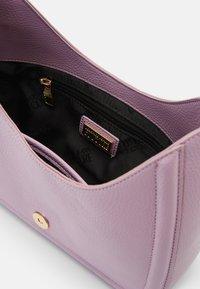 Versace Jeans Couture - BUCKLE SHOULDER BAG - Handbag - lavander - 8