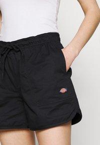 Dickies - VICTORIA - Shorts - black - 3