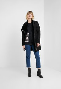 Bruuns Bazaar - LYNN ALBERTE  - Print T-shirt - black - 1