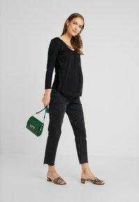 Anna Field MAMA - Long sleeved top - black - 1