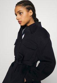 maje - GAVINO - Klasický kabát - marine - 3