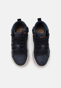 Geox - ALONISSO BOY - Sneakersy wysokie - navy/orange - 3