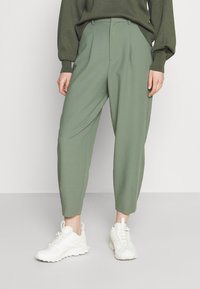 Rich & Royal - PANTS - Pantalones - eukalyptus - 0