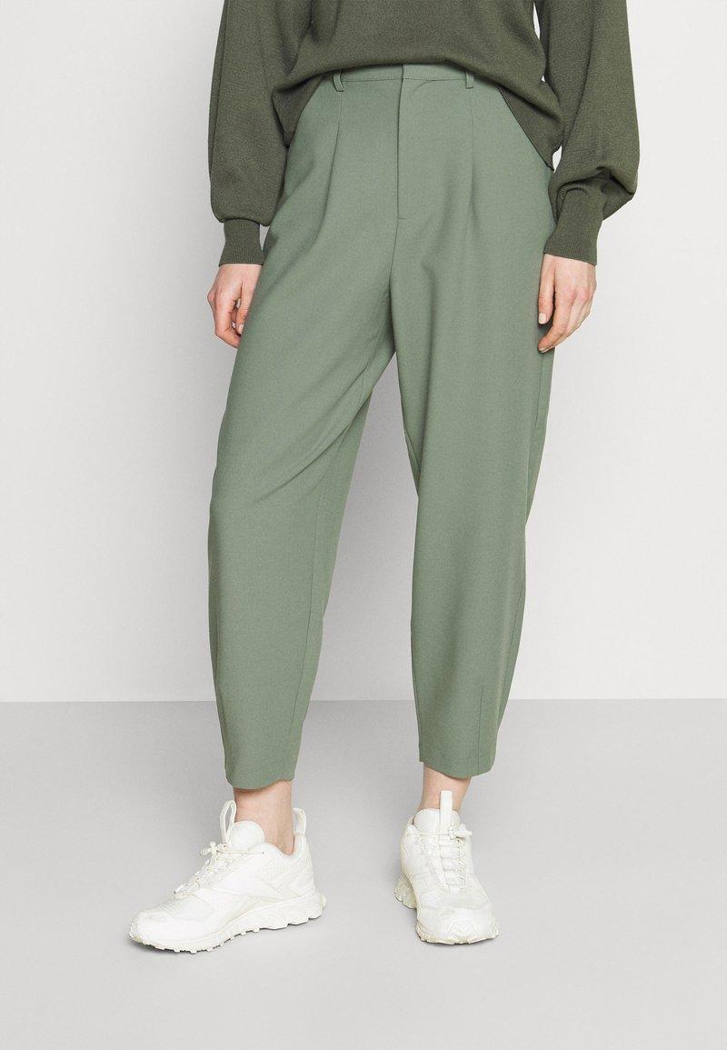 Rich & Royal - PANTS - Pantalones - eukalyptus