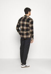 Only & Sons - ONSNEW OMAR - Shirt - brown - 2