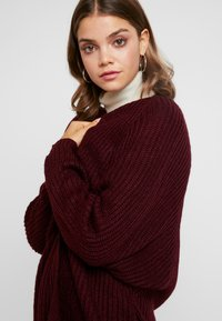 Missguided - OVERSIZED BATWING CARDIGAN - Kardigan - burgundy - 3