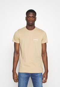 Levi's® - CREWNECK GRAPHIC 2 PACK - T-shirts med print - forest biome/curds and whey - 1