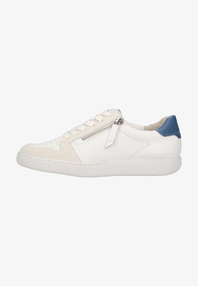 Sneakers laag - hellgrau/weiß/blau