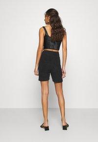 adidas Originals - LOUNGEWEAR SHORTS - Shorts - black - 2