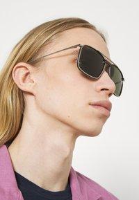 Salvatore Ferragamo - UNISEX - Sunglasses - gunmetal/brown - 1