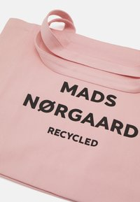 Mads Nørgaard - ATHEN - Tote bag - fairy tale pink - 3
