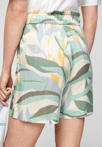 s.Oliver - Shorts - cream aop - 4