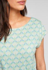 s.Oliver - Print T-shirt - ocean green aop - 5