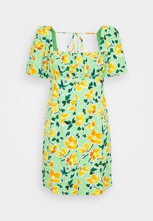 MINI BUTTON THROUGH DRESS WITH GATHERED BUST PANEL PUFF SHORT SLEEVE - Vestido informal - green