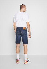 Levi's® - 501 HEMMED UNISEX - Denim shorts - roast beef - 2