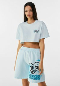 Bershka - POWERPUFF GIRLS - Shorts - light blue - 3