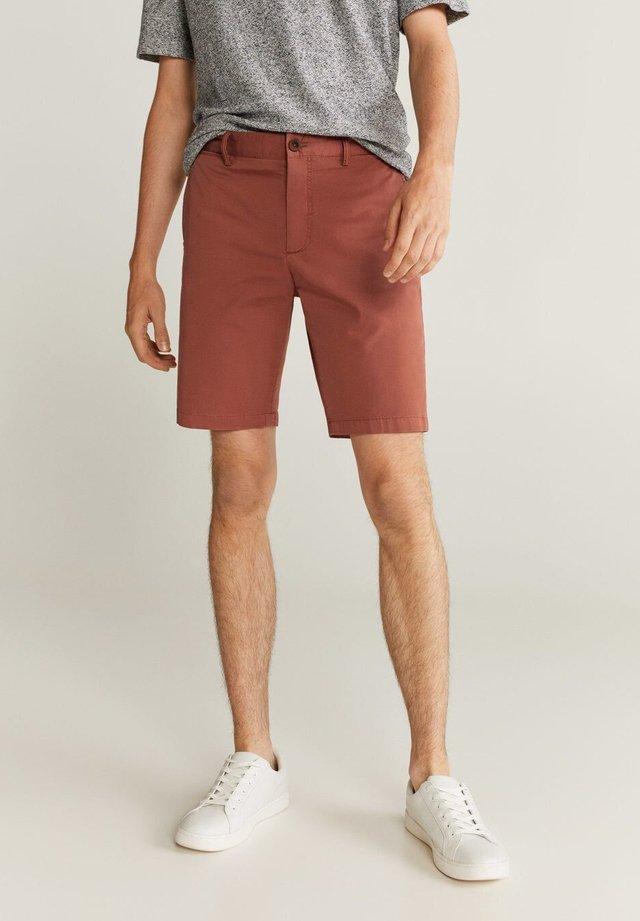 GRACIA7 - Shorts - bräunliches orange