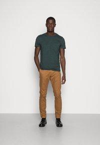 TOM TAILOR DENIM - NOS  - Basic T-shirt - dark gable green - 1
