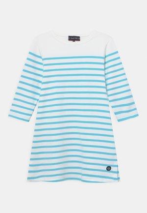 Žerzejové šaty - blanc rivage