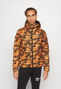 Ellesse - ARBINA - Zimní bunda - orange - 0