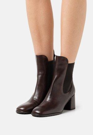 ALOISIA - Classic ankle boots - choco