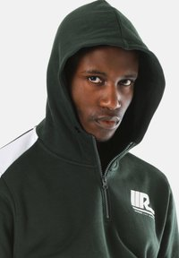 Young and Reckless - Hoodie - green - 2