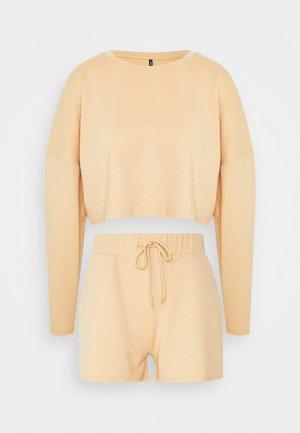 ONLNORA LOUNGEWEAR SET - Pyjamas - ginger root