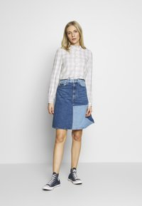 GAP - Bluzka - grey plaid - 1