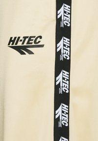 Hi-Tec - FELIX TRACKSUIT - Träningsset - pebble - 5