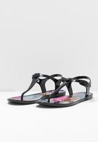 EA7 Emporio Armani - Pool shoes - black - 4