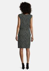 Cartoon - Jersey dress - grün/schwarz - 1