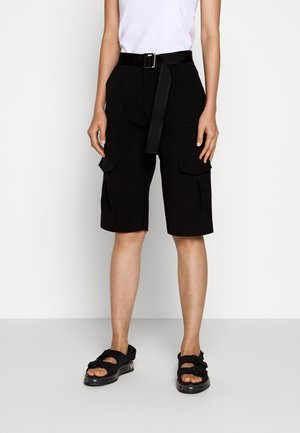 OTER - Shorts - black