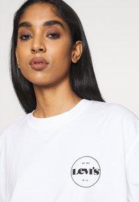 Levi's® - ROAD TRIP TEE - Print T-shirt - white - 3