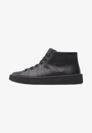COURB - Sneakers hoog - black