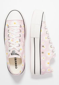 Converse - CHUCK TAYLOR ALL STAR LIFT - Trainers - pink/white/black - 1