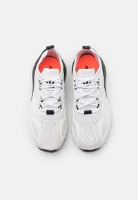 adidas Originals - ZX 2K BOOST UNISEX - Trainers - footwear white/core black - 3
